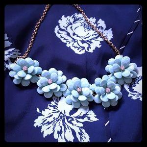 Flo we r necklace